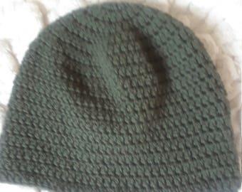Men's beanie hat in forest green