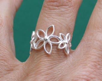 Sterling Silver Ring, Silver Ring, Silver Flower Ring, Silver Floral Ring, Retro Ring