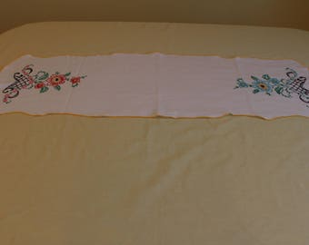 Table Runner Vintage White Embroidered Table runner Dresser Scarf, Hand Stitched, Hand Embroidered