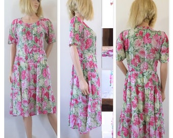 Pink floral flowery summer dress vintage French pretty summer dress size small/medium see measurements
