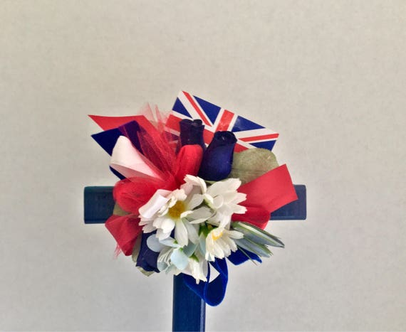 Flag of England , Great Britian, Bristish memorial, cemetery flowers, grave decoration, memorial crossGrave Marker, Memorial Cross, Floral M
