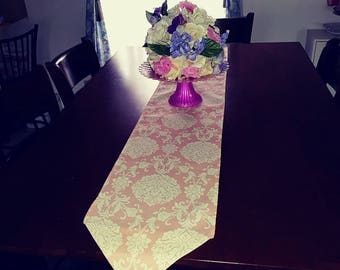 Peach and off white table runner handmade in USA pinklady cottage