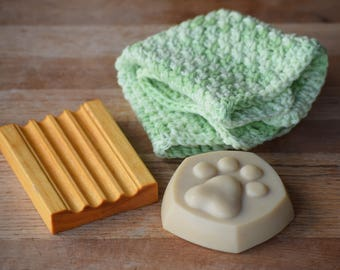Pawprint Goat Milk Soap Gift Box, Spa Gift, Dog Shaped Soap Gift, Cotton Washcloth, Wooden Soap Tray, Peppermint, Lavender, Hostess gift