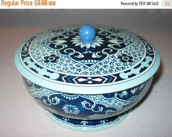 40% Vintage Blue Floral Tin - Biscuit Tin - Round Tin - Swivel Base - Made in England