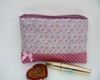 Old pink makeup Kit, package rose flowers, zippered makeup pouch