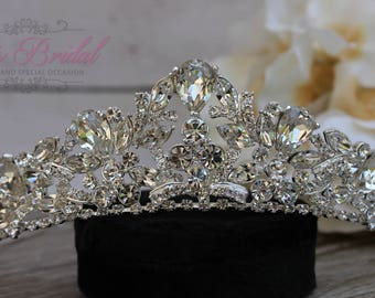 FAST Shipping!!! Swarovski Tiara,  CristalTiara, Wedding Tiara, Crown, Princess Tiara, Quinceañera, Cristal Headpiece