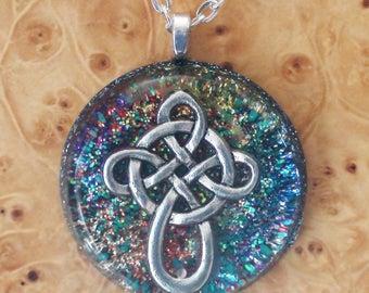 Rainbow Celtic Knot Viking Cross Soul-Antennas Crystal Orgone Energy Generator Unisex Pendant Necklace 30mm Alchemy Wizardry Divine Wisdom