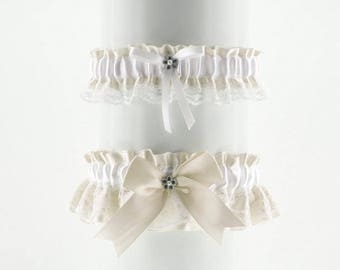 Wedding garter set, white Ivory lace garter in wedding, vintage, wedding lingerie, handmade garter is stretching, bride garter, puppy 0085k