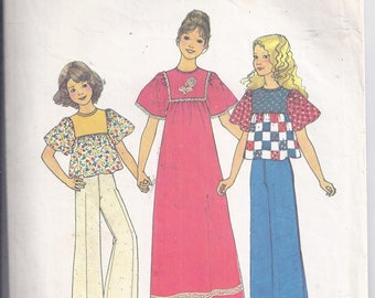 Simplicity Sewing Pattern 7316 from 1975.  Girls Dress or Top.  Boho, Hippie.  Bust 26. Girls size 7
