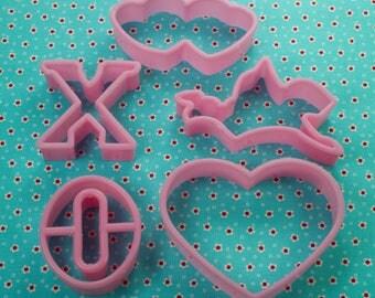 5 Pc. Pink Plastic Valentine Cookie Cutter Set