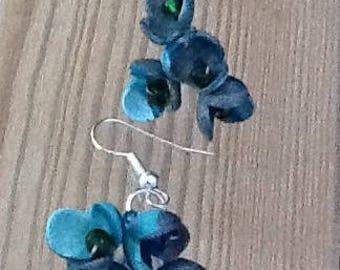blue flower earrings, blue earrings, flower clusters, forget me nots, floral earrings, dangle earrings, Christmas, ladies gifts
