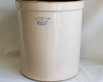 Vintage Robinson Ransbottom Five-Gallon Stoneware Crock