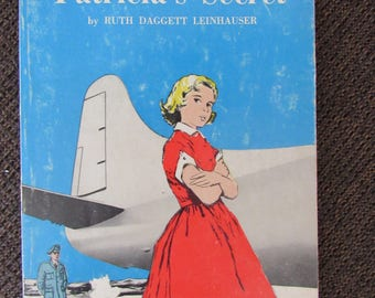 Patricia's Secret by Ruth Daggett Leinhauser 1969 Scholastic Paperback Free Shipping