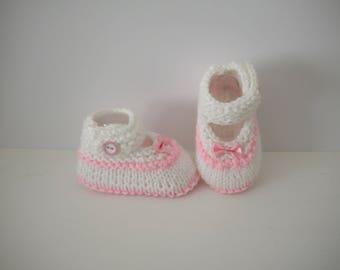 Baby shoes 0/3 month birth babies white and light pink shoe bows