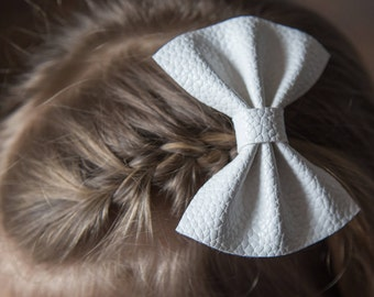 White Leather Finley Pinch Bow