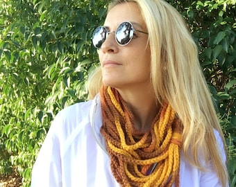 Chain Scarf, crochet chain lariat, Infinity Scarf, gift for her, Fashion Accessories