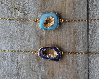 Agate geode gold edges bracelet