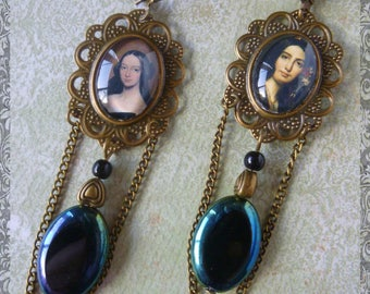 """Retro style """"Romantic"""" bronze metal cabochons illustrated portraits, Czech glass beads earrings"""