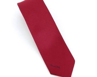 1980's vintage Oscar de la Renta red poly/silk neck with with logo
