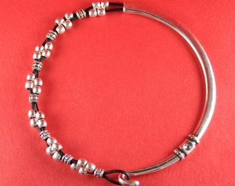 7A/7 MADE in EUROPE zamak half necklace, silver half necklace with strass, metal half necklace (511604/11)