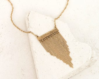 Hammered Bar Waterfall Metal Fringe Tassel Necklace in Gold