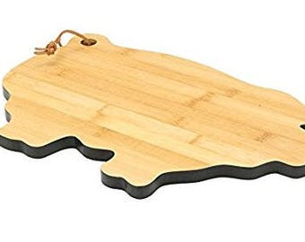 Brownlow Gifts Bamboo Cutting Board, Pig-Shaped