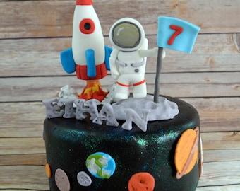 Astronaut, Rocket ship, space Theme Cake Decorating Kit (100% Edible)