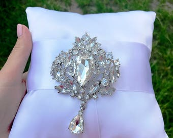 Wedding ring bearer pillow  Rhinestone pillow White ring pillow Crystal Ring Bearer Pillow Elegant ring pillow Ring Pillow