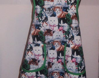 Medium, Retro Style Womens Apron, Kitten Print