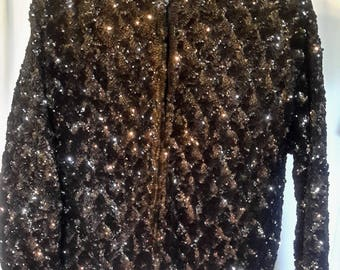 Vintage black/gray sequined sweater in very good condition, size large/extralarge
