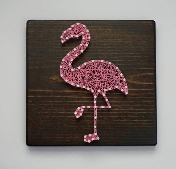 Flamingo string art flamingo wall art flamingo sign - String art modele ...