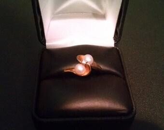 Women's Vintage 10K Gold Pearl & Diamond Ring