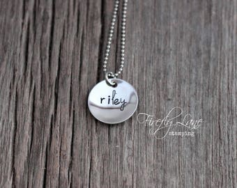 Personalized cupped disc Mommy necklace / Hand stamped name necklace / gifts for mom / name necklace / Mother's Day