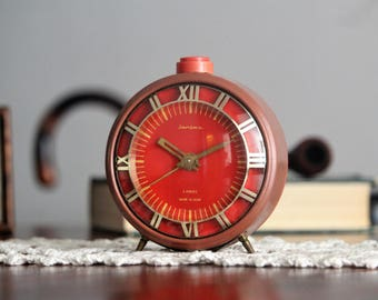 Large Retro Alarm Clock - Red Russian Clock - USSR Vintage Clock - Wind Up Alarm Clock - Soviet Clock Jantar - Soviet Desk Clock