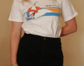 Vintage Hawaii windsurfer tshirt