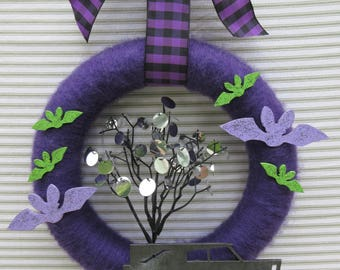 Halloween Wreath, Bat Wreath, Purple Haloween Wreath, Purple Yarn Wreath, Hearse Wreath,