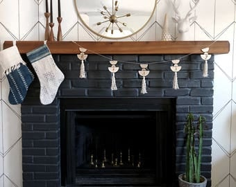 Modern Merry Holiday Garland || Handlettered Geometric Bunting || Macrame Fireplace Garland