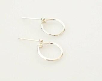 Simple Circle Stud Earrings, Sterling Silver Hoop Earrings, Minimal Earrings, Small Circle Stud Earrings, Small Sterling Silver Earrings