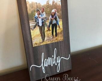 Family Picture Frame.Family Frame.Picture Frame.Gift Idea.Family Gift Idea.Frames.Display Photos.Photo Hanger.Wall Decor.Rustic Decor.