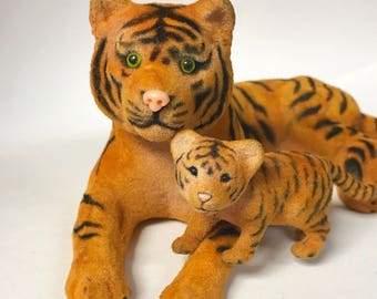 Vintage Souvenir Mother Tiger and Cub - Rare Find!
