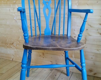 A Vintage Wheelback Carver Chair painted in 'Giverny' Blue