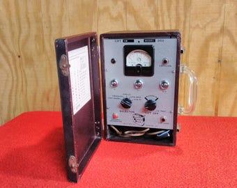 Vintage Cathode Rejuvenator Tester B & K MFG Co. Model 350 Tube Tester