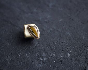 Ring with a tiger's eye
