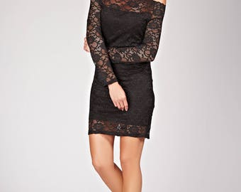 Sexy bodycon lace dress and Bare shoulders