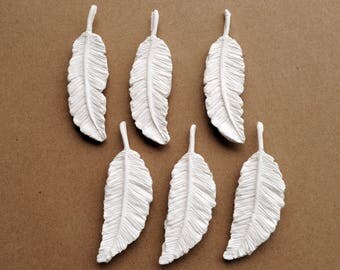 Feather magnets, set of 6, white clay feather, handmade magnets, refrigerator magnets, vegan feathers, clay magnets, white feathers