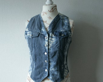 Vintage batik denim Italian vest Women's light blue, white waistcoat Sleeveless button up jeans vest Washed denim vest Cotton denim vest