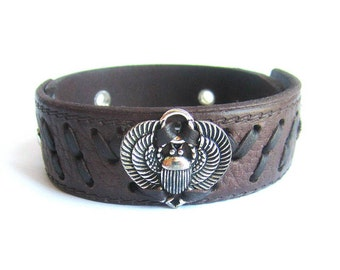 Men scarab bracelet, scarab beetle leather bracelet, men brown leather beetle bracelet, scarab leather bracelet, men leather bangle