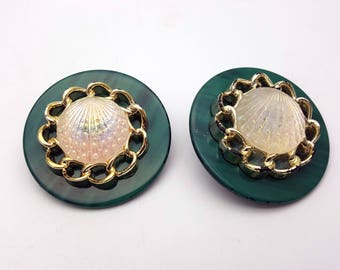 Vintage Clip on 80s Earrings Clear Plastic Sea Shell Green Round Stud Ocean Geometric New Wave Industrial Modernist Modern Retro Runway
