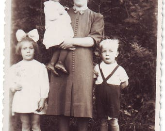 Vintage Photo - Family - Mother with Kids - Vintage Snapshot - Polish Photo - My Family - Mother with Babies