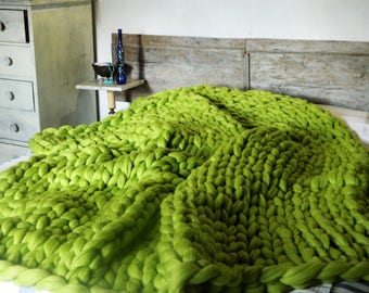 Mint Green King Size Knit Blanket. Arm Knit Bulky Blanket. Oversized Chunky Knit. Giant Merino Throw. Wedding gift. Housewarming gift.